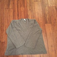 JCrew cashmere Soft JCrew cashmere...two repairs needed -- both on seams (not in the actual weave so this should be an easy stitch fix). Priced accordingly. Also -- this style is very roomy...doesn't fit like an XS. J. Crew Sweaters Crew & Scoop Necks