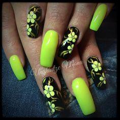 Neon Green Nails, Neon Nails, 3d Nails, Coffin Nails, Cute Nails, August Nails, 3d Nail Designs, Exotic Nails, Flower Nail Art