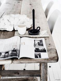 = wood table = vintagepiken