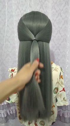 Hairstyle Einfache Frisuren The post Haarschnitt appeared first on Pintgo. Blond Hairstyles, Easy Bun Hairstyles, Trending Hairstyles, Hairstyles Videos, Easy Hairstyle Video, Latest Hairstyles, Hair Upstyles, Hair Videos, Curly Hair Styles