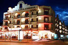 Hotel Hacienda María Eugenia, Acapulco, Guerrero - En la Zona Hotelera, cerca de la Diana Cazadora, a 50 metros de la Playa el Morro.