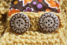 Flower power hand made set of 6 buttons from by Walnuttreebuttons, €18.00