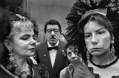 High quality images of humans (not having sex). Diane Arbus, Fotografia Social, Spanish Woman, Female Photographers, Magnum Photos, Documentary Photography, Interesting Faces, Photojournalism, Personal Photo