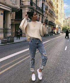 → pinterest || @gaelynhoran photo ideas, outfit ideas, style, vintage feels, tumblr, denim, tan, Europe, white theme