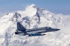 Pakistan Air Force Chengdu/Pakistan Aeronautical Complex JF-17 Thunder flying by Mt. Everest