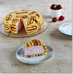 Gizi-receptjei.  Várok mindenkit.: Epres Charlotte torta.