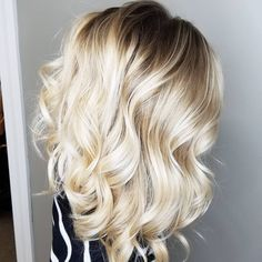 Ombre hair looks that diversify common brown and blonde ombr Blond Ombre, Brown Ombre Hair, Ombre Hair Color, Blonde Color, Hair Colour, Blonde Hair Pictures, Color Rubio, Hair Color And Cut, Brunette Hair