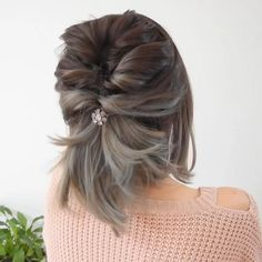Elegant Hairstyles, Up Hairstyles, Hairstyle Short, Updos For Thin Hair, Short Bob Updo, Easy Hairstyles For Short Hair, Curly Hair, Short Hair Dos, Office Hairstyles