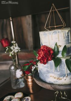 Dripped Cake With Gold Leaf, Dripped Wedding Cake Ideas, Boho Wedding Cake www.elegantwedding.ca