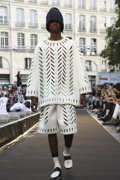 Henrik Vibskov Menswear Spring Summer 2015 Paris - NOWFASHION