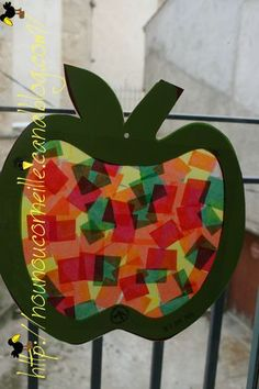 pomme 12 Autumn Crafts, Craft Projects For Kids, Crafts For Kids To Make, Art For Kids, Farm Crafts, Cute Crafts, Preschool Crafts, Apple Activities, Bible Story Crafts