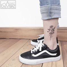 WEBSTA @ ahmet_cambaz - #tattoo #cattattoo #vscocam #vsco #design #tattoodesign #blackandwhite #blacktattoo #tattoooftheday #dovmemodelleri #draw #dovme #dotworktattoo #dotwork #drawing #blackandwhite #tattooworkers #sketch  #geometrictattoo #doodle
