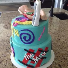 Holy moly, this Saved by the Bell cake is truly a work of art. Nothing the gang could have whipped up in home ec class, that's for sure. | 21 Cakes Every '90s Kid Will Dream About