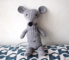 glove rat by miyako kanamori