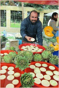 A Seasonal Cook in Turkey: Artichokes - Enginar: it's the season once again!
