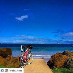 #Repost @wirbt_rhrn with @repostapp.  The Heads #pointlonsdale 235/365 @meridabikesaus #stantonstyle  #365daysofbicycles #strava #stravaproveit #velography_th #cyclechicks #bicyclesoftheworld  #fa_bike  #ihavethisthingwithbikes #CyclingShots #mybicycle #justgoshot #lovetoridemybicycle #blogdabike #stravaphoto #mundociclismo #cyclingtoday  #justgoshoot #cyclelikeagirl #ridewithus #pedalmais #WhatsYour20 #outsideisfree #solobikeparking by mundociclismo http://ift.tt/1EBJopQ