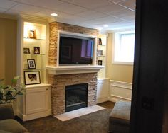 Traditional Family Room Gas Fireplace Tv Design, Pictures, Remodel, Decor and Ideas - page 50