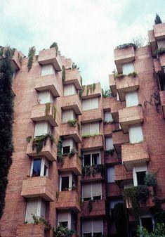 José Antonio Coderch - Las Cocheras, Barcelona - 1973