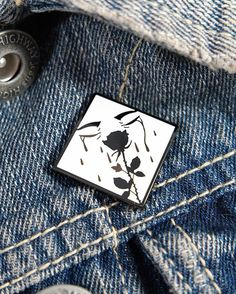 X @jaglever pins  in the shop. #pingame #rose #love