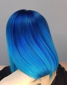 In the modern year every young and celebrity girls and ladies want to wear the different look to enhance the beauty of hairstyle. That& why today. Hair Dye Colors, Hair Color Blue, Blonde Color, Cool Hair Color, Dark Blonde, Brown Hair With Blonde Highlights, Hair Color Highlights, Chunky Highlights, Caramel Highlights