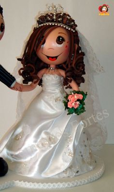 Fofucha novia Wedding Doll, Bride Dolls, Little Girl Bedrooms, Homemade Clay Recipe, Wedding Topper, Clothespin Dolls, Foam Crafts, Clothes Crafts, Doll Shoes