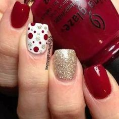 Christmas Nail art Designs and Ideas 7 (Unghie Natalizie Christmas Nails) Fancy Nails, Love Nails, How To Do Nails, Pretty Nails, Style Nails, How To Nail Art, Xmas Nails, Holiday Nails, Christmas Manicure