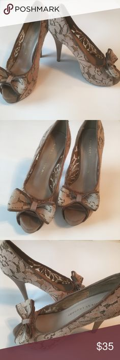 "Chinese Laundry lace heels Beautifully detailed with taupe lace and a big bow in the front. Really good condition, 5"" heel with an inch platform. So flattering!!    (Item 15) Chinese Laundry Shoes Heels"