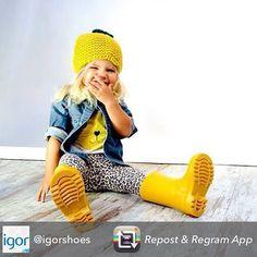 Plantem cara als dies de pluja! Equipa els petits i petites de la casa amb la nova col·lecció de botes d'aigua de @igorshoes  #aventuresponys #sabates #sabatesnoves #nens #nen #nena #zapatos #zapatosnuevos #calzadoinfantil #niños #niñosfashion #kids #kidsshoes #newshoes #botasdeagua #botesdaigua #waterboots #boots  #tardor #otoño #pluja #lluvia #autumn #rain #kidsfashion #kidstrends #tendencias #tendencies