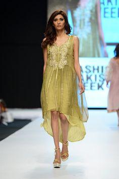 Hajra Hayat Collection at Fashion Pakistan Week 2013 Photo