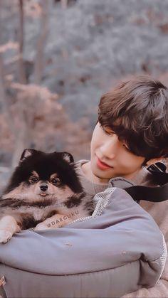 """Taehyung Lockscreen / Wallpaper💜 rt / if you like Saved Jimin Jungkook, V Taehyung, Bts Bangtan Boy, Bts Chibi, Foto Bts, Daegu, Bts Memes, Kpop, Bts Dogs"