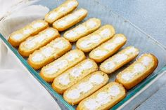 Twinkie Cake is a no-bake dessert that is a cross between a banana split and a shortcake. Layers of Twinkies, bananas, pudding and Cool Whip! Guava Desserts, Kinds Of Desserts, Pudding Desserts, No Bake Desserts, Dessert Recipes, Fall Desserts, Christmas Desserts, Twinkie Cake Recipes, Cake Roll Recipes