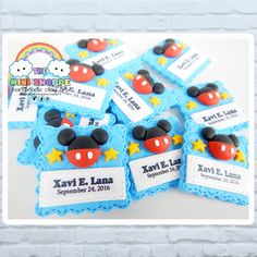 MICKEY MOUSE THEMED MINI MAGNETS SOUVENIRS FOR BIRTHDAY & CHRISTENING 100% HANDMADE MATERIAL: POLYMER CLAY Mini Magnets, Birthday Souvenir, Facebook Sign Up, Pop Tarts, Christening, Mickey Mouse, Polymer Clay, Snack Recipes, Handmade