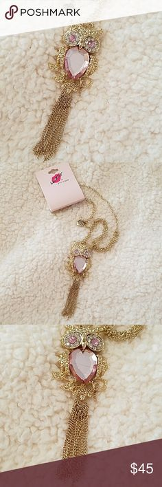 🌹NWT-BETSEY JOHNSON OWL NECKLACE! 🌹NWT-BETSEY JOHNSON OWL NECKLACE! WITH SO MUCH DETAIL & CLASPED CHAIN.  🌹NWT- BRAND NEW WITH TAGS 🌹100% AUTHENTIC 🌹SAME DAY SHIPPING 🌹OFFERS ACCEPTED THROUGH THE OFFER BUTTON  🚫PLEASE FOLLOW CLOSET RULES AND BE RESPECTFUL THIS IS A BUSINESS THANK YOU Betsey Johnson Jewelry Necklaces