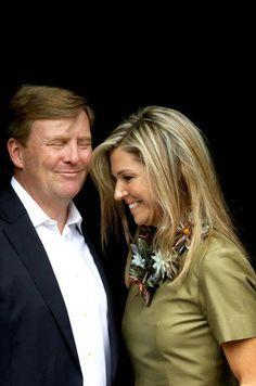 Love this charming, happy couple! Royals & Fashion: Summer Photoshoot in Wassenaar