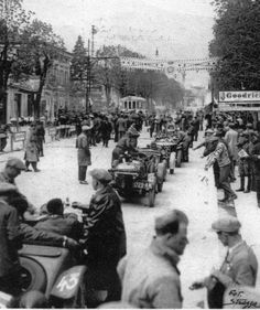 1927. Lining up for the FIRST Mille Miglia. #43 & #42 are Alfa Romeos that didn't finish. #39 is a Fiat that managed 20th overall and 1st in class.
