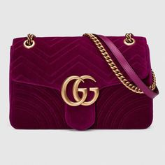 c243589c54cd GG Marmont velvet shoulder bag #Guccihandbags Gucci Gg Bag, Gucci Purses,  Gucci Handbags