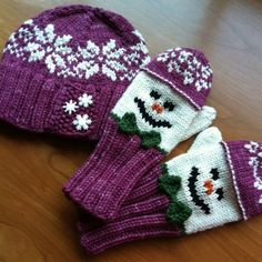 Baby Knitting Patterns Gloves Ravelry: Snowman Hat and Mitten Set pattern by Wendy Gaal Knitted Mittens Pattern, Crochet Mittens, Knitted Gloves, Baby Knitting Patterns, Loom Knitting, Crochet Baby, Hat Patterns, Knitted Hats Kids, Baby Mittens