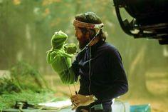 Jim Henson & Kermit on the set of The Muppet Movie, 1978 pic.twitter.com/5bGRA2qDDB