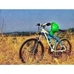 a photo from @samkhaerul with his tranzline 900 and this amazing Savannah! nice job :D  #pacificbikerider #pacificbike #sepeda #sepedagunung #mountainbike #mtbindonesia #offroad #hardtail #crosscountry