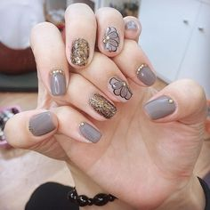 Short Nail Designs, Gel Nail Designs, Stylish Nails, Trendy Nails, Love Nails, My Nails, Nail Noel, Make Up Art, Glitter Nail Art