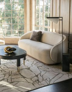 Kelly Wearstler Wetherly Sofa, Forma Floor Lamp, Melange Coffee Table and Tracery Rug Living Room Inspiration, Interior Design Inspiration, Home Decor Inspiration, Decor Ideas, Design Ideas, Contemporary Interior Design, Home Interior Design, Interior Design Magazine, Living Room Interior