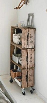 "Wooden crates DIY diy-for-my-home Love old crates and this idea for using them. I already hang them as decorative shelves to hold some of the ""random artifacts"" I've collected(Aedan's term for them) diy Wooden crates bookshelf ♥ Interieur inspiratie Old Crates, Wooden Crates, Wine Crates, Vintage Crates, Wine Boxes, Old Wooden Boxes, Apple Crates, Fruit Crates, Fruit Box"