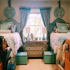 Best DIY Dorm Room Storage and Decoration Ideas on A Budget Easy How To Decorate a Dorm Room Inspiration, Choosing multifunction furniture for decorating a dorm room Cozy Dorm Room, Dorm Room Storage, Dorm Room Organization, Cute Dorm Rooms, Organization Ideas, Boho Pattern, Loft Bed Desk, Small Dorm, Ideas Dormitorios