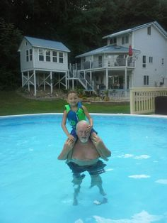 L.Mason & Papi' his swimming buddy. what a swimmer he is !