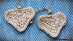 In English later in this post. Jeg har efterhånden strikket en del hjerter, ja det må være mere end 30 styks, og i foråret spurgte jeg ...