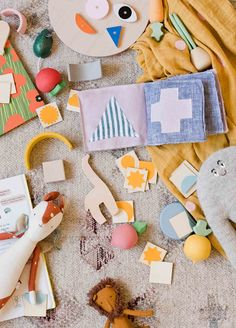 Handmade holiday baby gifts for the win! These DIY gift ideas are perfect for the kids and babies in your life. #babygifts #handmade
