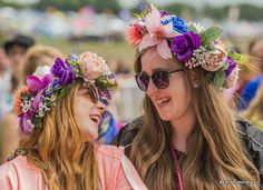 Crowds are already gathering at the Pyramid Stage to ensure they have prime positions when Adele plays Glastonbury Festival: http://www.bbc.co.uk/news/entertainment-arts-36629400 #newmusic #livemusic #music #festivalstyle #costumes #flowerpower