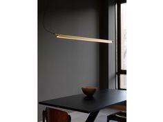 Fantastiche immagini su illuminazione sopra tavolo