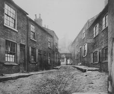 Houses in Tunstall´s Fold, Leeds houses were later demolished, having been judged 'unhealthy' having rough roads 'n poor sanitation.(C)Leeds Library & Information Services. Old Images, Old Pictures, Old Photos, Vintage Images, Leeds Library, Old Street, Street Art, Leeds City, History Of England
