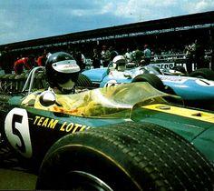 1967 British Grand Prix | XVV RAC British Grand Prix | Silverstone Circuit Silverstone, England Pole Position at the Starting Grid | Jim Clark - Lotus-Ford No.5 | Bob Anderson - Brabham-Climax...